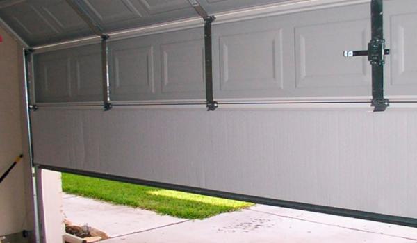 garage-door-maintenance2